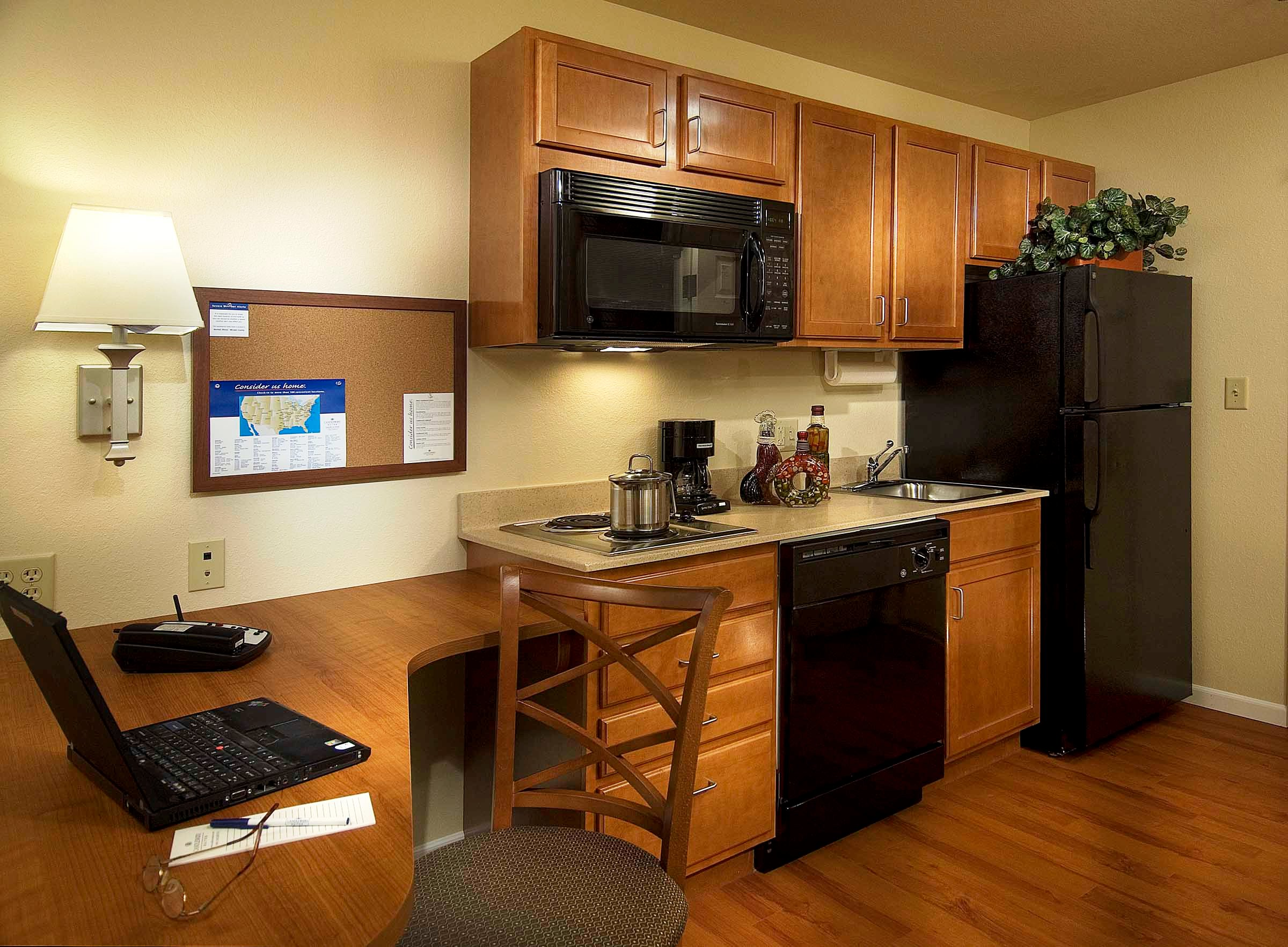 What is an extended stay hotel extended stayer Kitchenette meaning